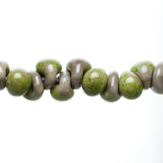 10 Moss Definitely Teardrop Handmade Lampwork Beads -opaque, 13mm (22475).