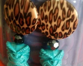 Tiki earrings, blue, blue tiki, tiki culture, hawaii, tiki, polynesian, tiki wedding, ocean, pin up, tropical, beach wedding,leopard print