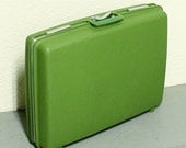 Vintage suitcase - luggage - green - hard side - Royal Traveller - Aurora - Shwayder Bros