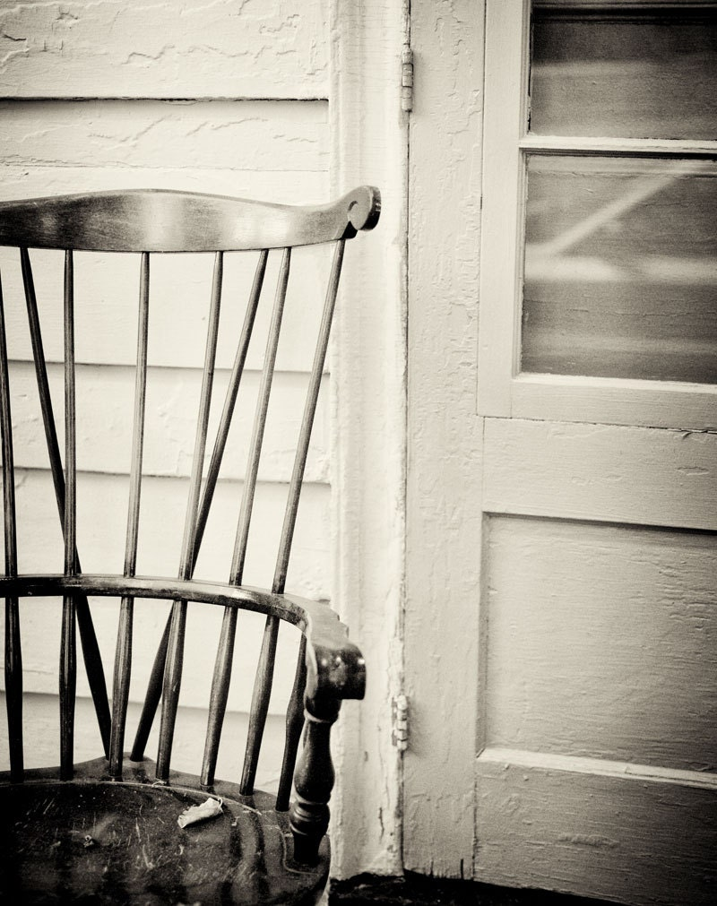 Black and white chair photography -  Photography Black And White Zoom