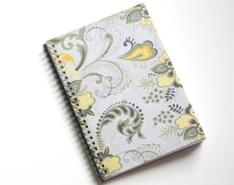 Large Coupon Organizer with 14 Pockets - Pre Printed Labels Included - Gray Flourish