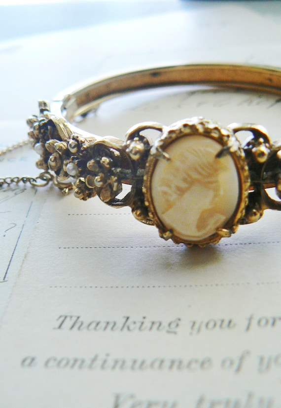 Vintage Florenza Cameo and Pearl Hinged Bracelet with Safety Chain