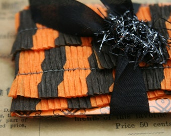 Vintage Crepe Paper Ruffles - 1940s Black and Orange Ruffle Trim - Party Favors Decorating - Halloween Striped Dennison Party Trim