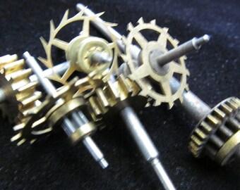 Steampunk Supplies  Watch Clock Parts Cogs gears wheels Antique vintage GR 4