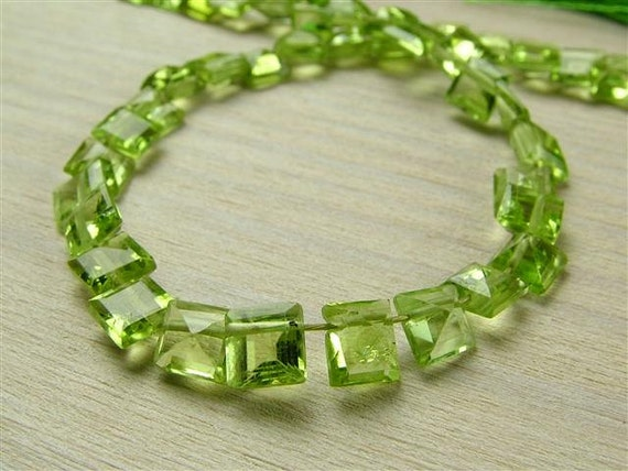 Peridot Square Cut Briolettes, AA, Faceted, 4.5-5mm (ET703)