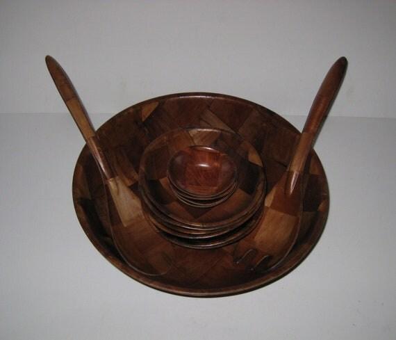 Vintage Pressed Wood Salad Bowl Set With Serving Fork & Spoon Checker Board Design