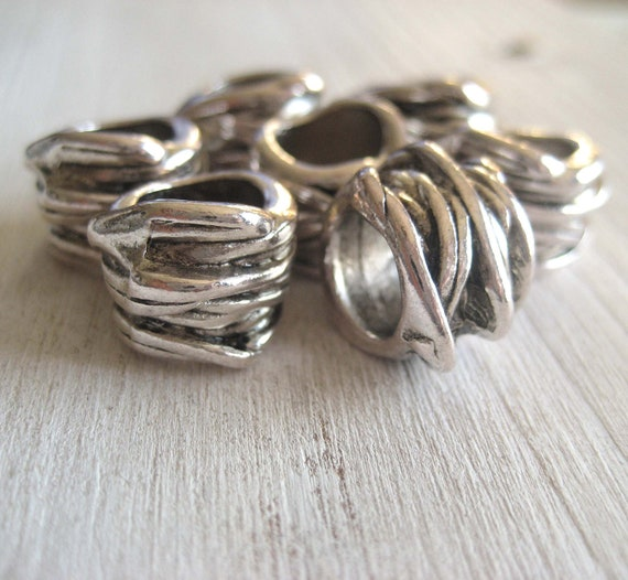metal beads Swirl tube - antiqued silver finish -  10 x 13 mm -  8 pcs  - 2pm41