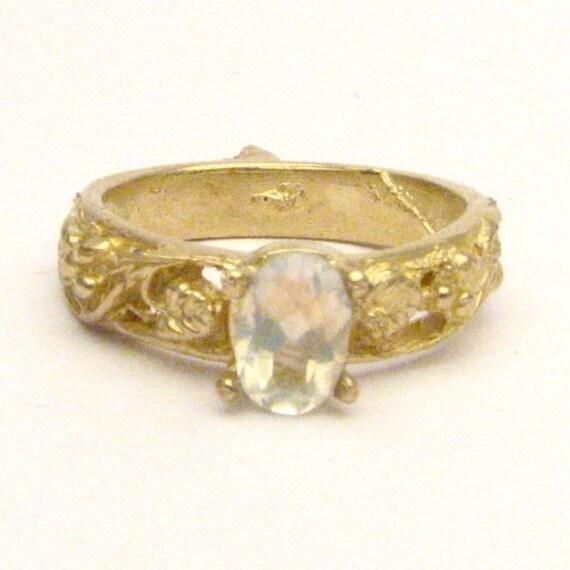 Handmade 14kt Gold Moonstone Filigree Ring