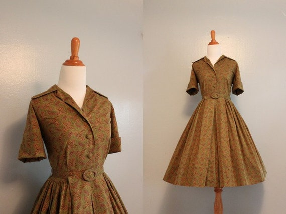 Vintage 50s Dress / 1950s Cotton Day Dress / Fifties Classic Shirtwaist Dress