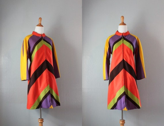 1960s Coat / Vintage 60s Mod Chevron Coat / Wool 60s Coat