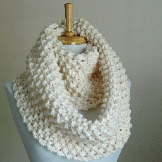 Chunky Knit Scarf, Knit Infinity Scarf, Circle Scarf, Neutral Hand Knit Scarf, Women's Scarf, Knitted Scarf, Winter White Scarf, Wool Scarf