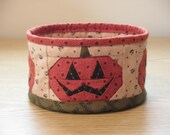 Quilted Fabric Bowl - Jack-O-Lantern (HbowlI)