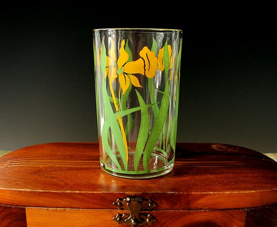 Swanky Swig Juice Glass Daffodil Tumbler Mid Century Yellow Floral Vintage 1930s 1940s