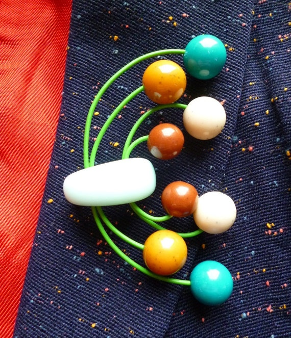 Large Atomic 50s style brooch handmade with vintage beads