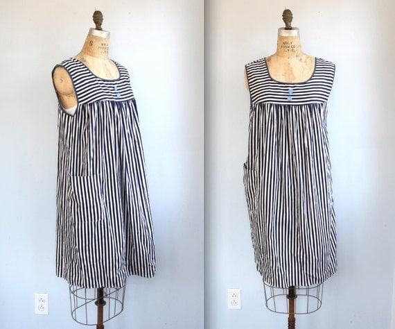 vintage 1960s smock dress. M / L. Nautical sailor stripe. Cotton / the RETRO RECIPES house dress