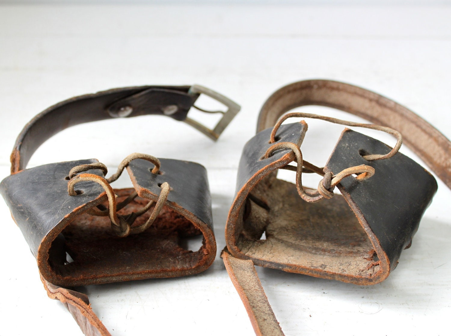 dating vintage snowshoes Yellow dating app tinder is a location-based social search mobile app that allows users to like (swipe right) or dislike (swipe left) other users, and allows users to chat if both.
