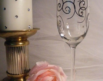 Champagne flute with pearls and crystals - can be personalized -  perfect for a June birthday, Bride, mother of the bride or groom