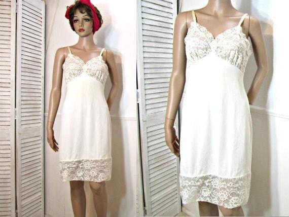 Nylon Slip Vintage Full Slip Short Slip Dress Nightgown White. Size 32