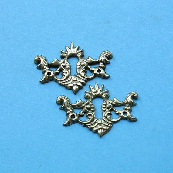 Vintage Antique Keyhole Key Hole Cover Covers Escutcheon Escutcheons Brass Keyhole Covers Steampunk DIY Jewelry