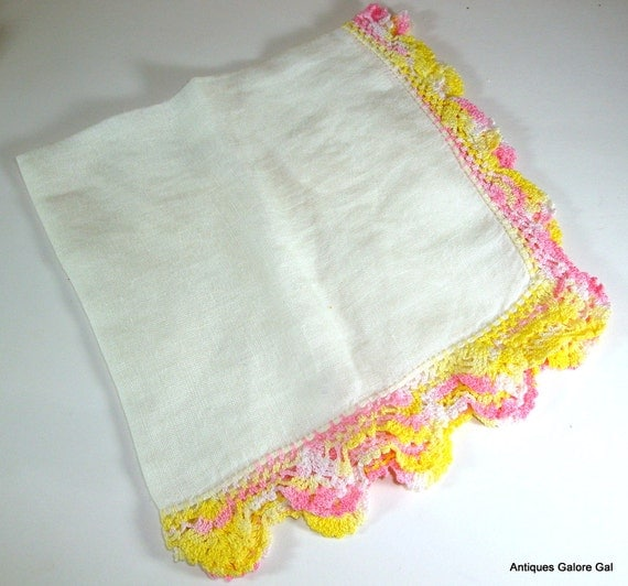 Vintage Cotton White Hankie, Yellow Pink Crochet Trim, Ladies Handkerchief (582-12)