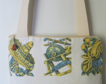"11""x11.5"" Tote Bag made of Beautiful Mexican Cotton Tablecloth with Pockets and 4""x5"" Coin Purse"