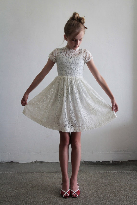 1950s Girls Dress . White Lace . Kids . Childrens . Flower Girl