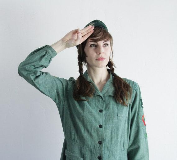 Vintage Girl Scout Uniform . Troop 33 . 1940s . Matching Beret . Hunter Green Dress
