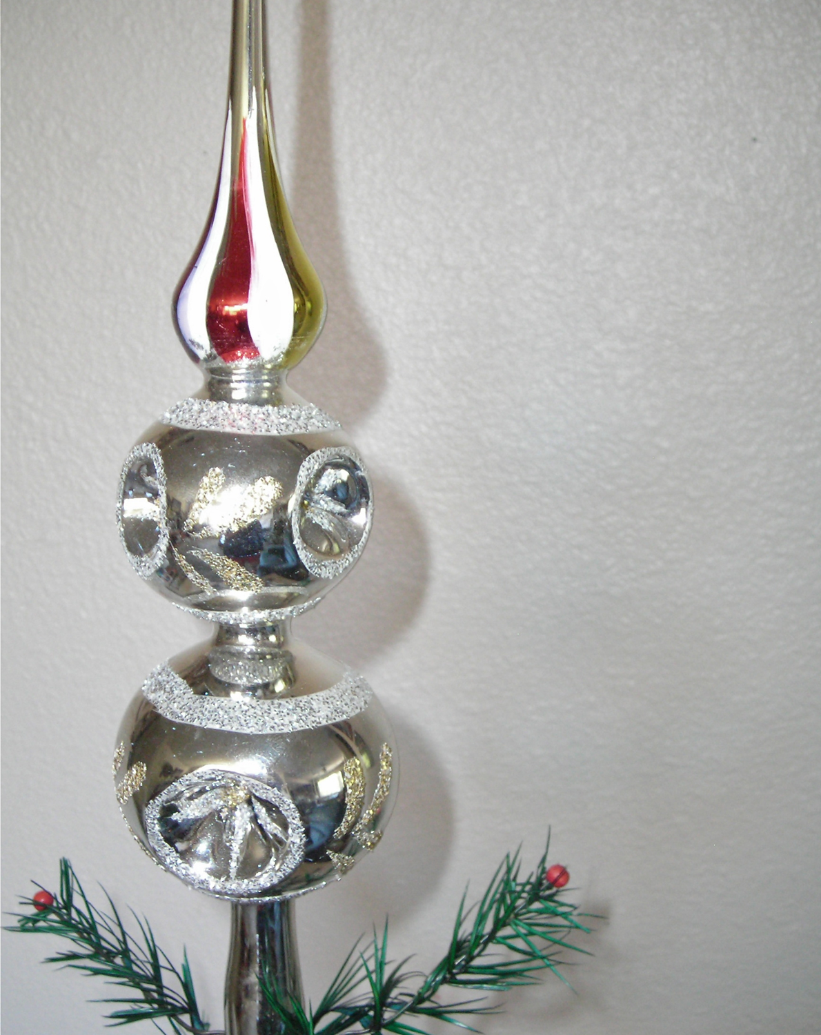 Glass christmas tree topper vintage sparkly romanian