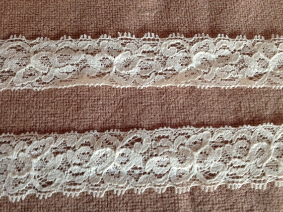 Stretch Lace-Lightweight IVORY -1 inch -10 yards for 5.50
