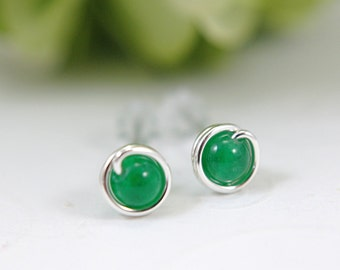 Tiny bright green jade post earrings 925 sterling silver wire wrapped earrings emerald green earrings mini earring second piercing 5mm small