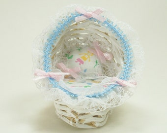 Cradle White Wicker Pink Blue Bassinet Nursery 1:12 Dollhouse Miniature