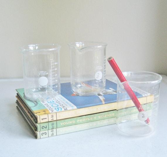 Vintage Pyrex Glass Beakers