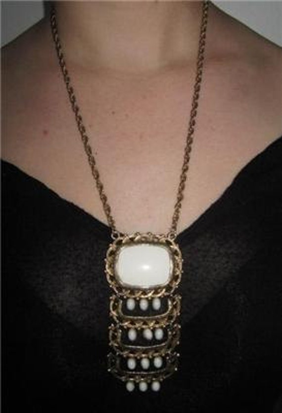 Vintage Boho 60 XL necklace used in a movie