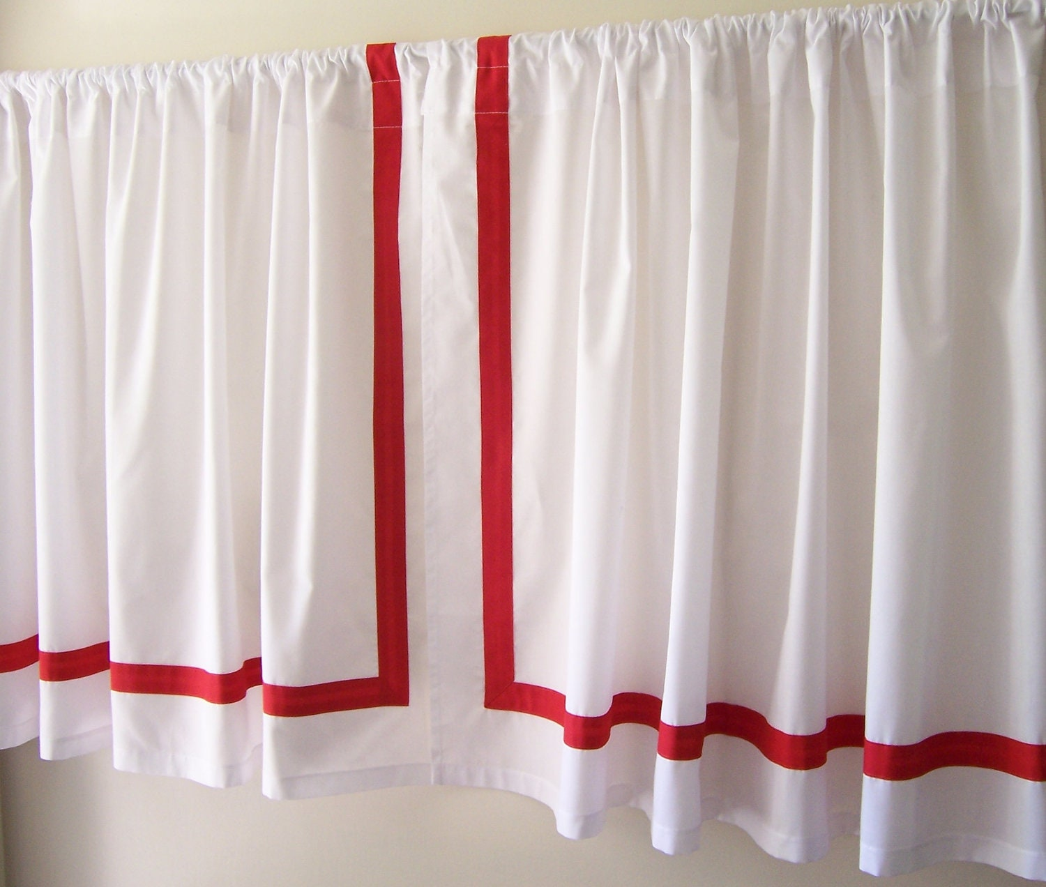 Cafe Curtains With Red Band Trim