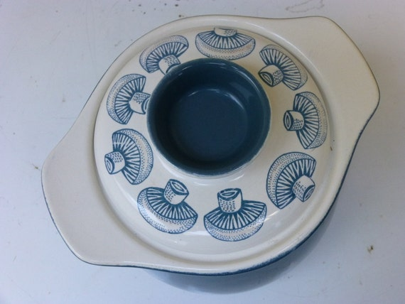 Poole Pottery Lucullus Covered Casserole Mushrooms Blue Moon