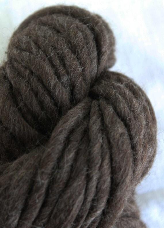 Natural handspun thick yarn