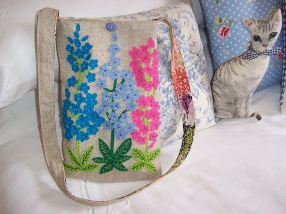 FABRIC ART    A  Unique Handmade purse / bag with felt and beaded flowers in blue and pink