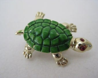 Turtle Green Gold Brooch Vintage Pin