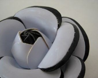 Flower White Black Brooch Vintage Pin