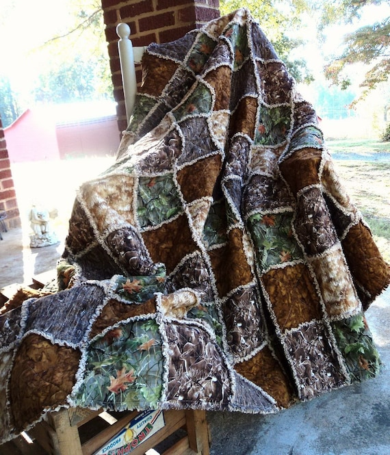 Items Similar To Made To Order Handmade Rag Quilt Deer