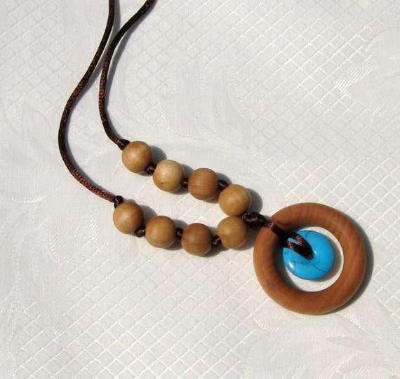 Nursing Necklace Teething Ring Necklace with Small Turquoise pendant