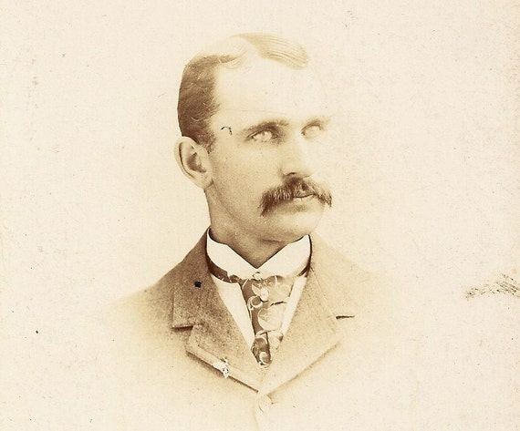 Vintage Cabinet Card Photo Man With Moustache And Strange Eyes Possibly Post Mortem Woodstock Ontario - Vernas Father