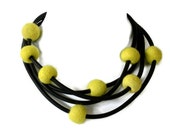 felt necklace, rubber jewelry, lemon yellow, handmade by frankideas,