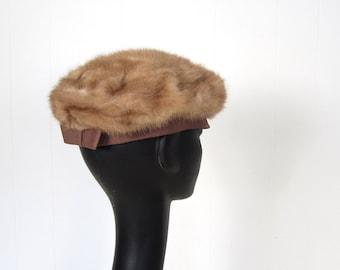 Vintage 1950s Hat / Fur Beret / 50s Hat / Fur Cap