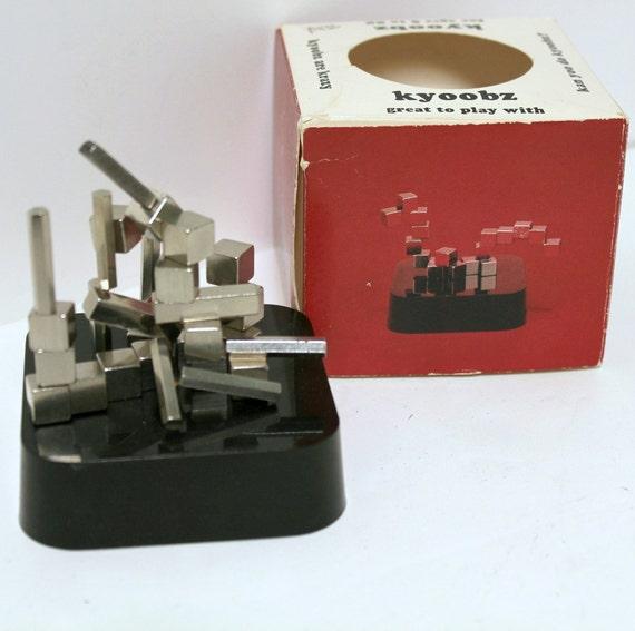 Vintage 1981 Kyoobz Magnetic Block Cube Sculpture Toy Desk Stress Relief