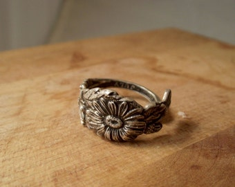 Sterling Silver Spoon Ring - Daisy