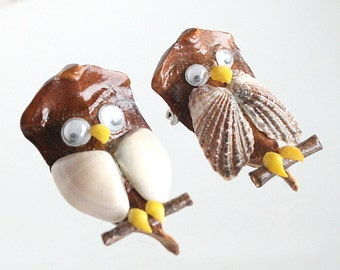 Shell Owl Brooches Vintage Pins Set of Two Whimsical Pine Cone Seeds Shells