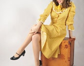 LAST CHANCE Vintage 1930s Dress - Charming Homemade Mustard Yellow Calico Cotton Frock