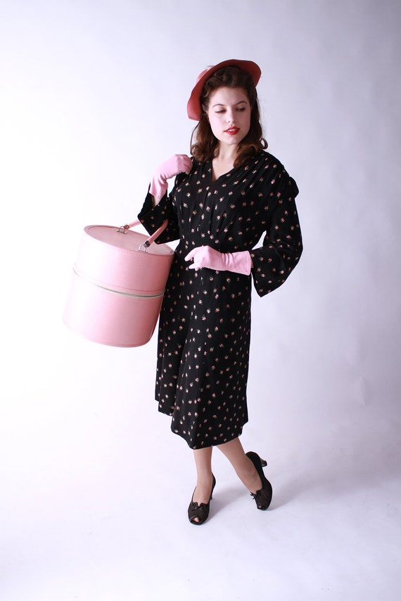 Darling Vintage 1940s Rayon Crepe Dress with Rose Print Plus Size AS IS