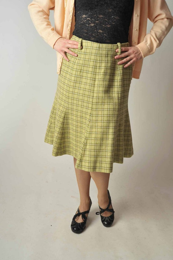 Vintage 1960s Skirt // Green Wool Plaid Skirt